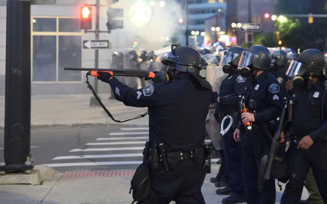 BridgeDetroit   Suit alleges Detroit Police used excessive force against legal observers